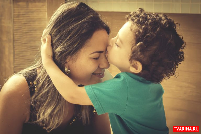 Парентификация: Когда в семье ребенок играет роль взрослого