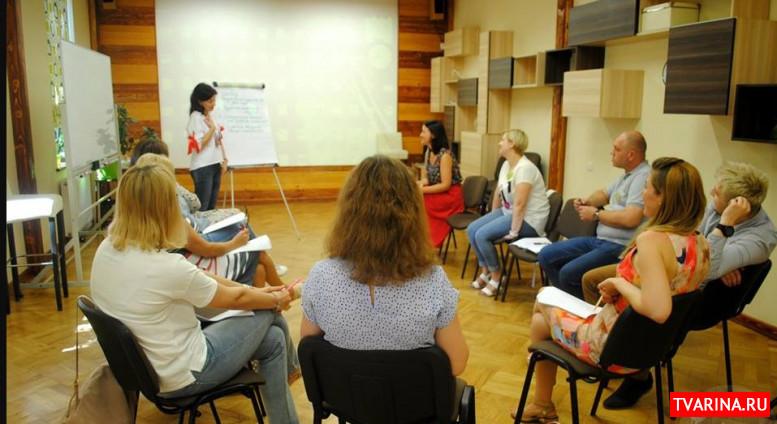 Портрет профессии тренер эффективных коммуникаций и конфликтологии (2020) сколько зарабатывает?